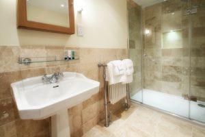 Bathroom3-2-300x200